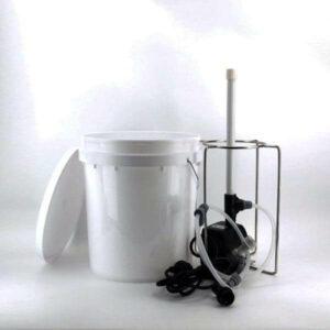 Bucket blaster keg fermenter washer